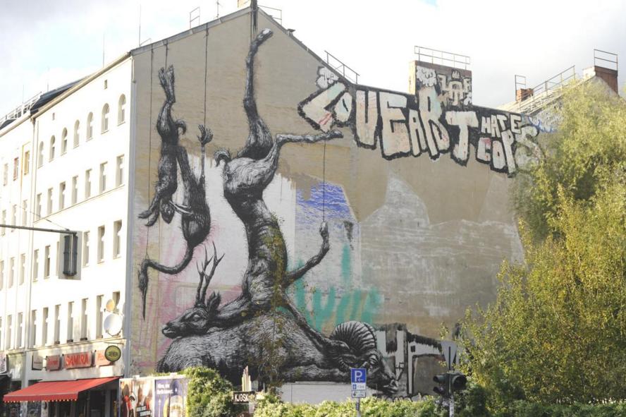 Roa street art berlin 1