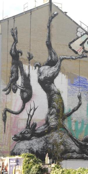 Roa street art berlin 4