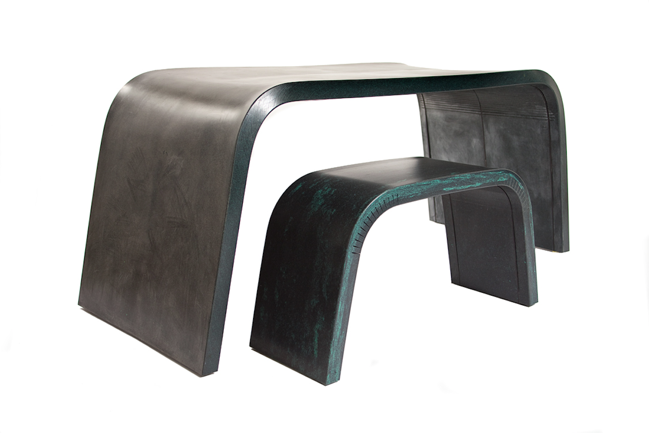 Bended table and bench studio livius 1
