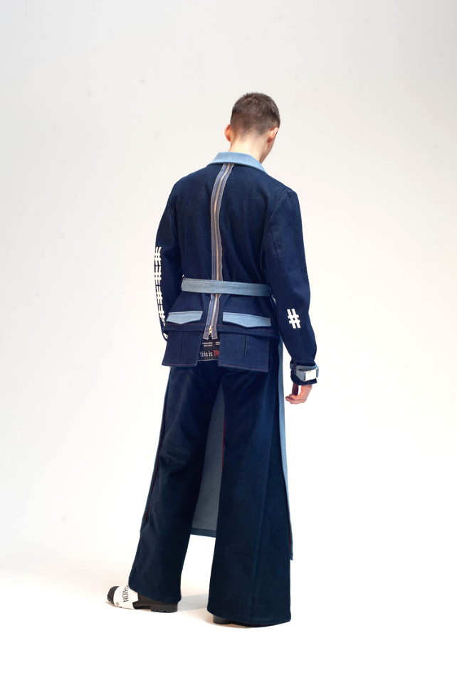 Cropped back trench damur 5