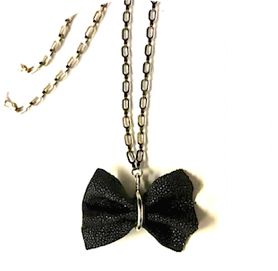 Shagreen bow tie necklace zo landing