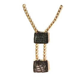 Sliding croco necklace zo landing